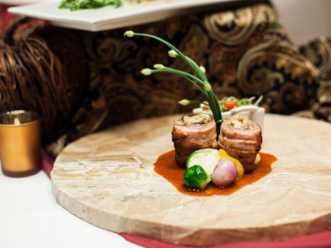 페테 루지 음식과 와인 축제의 테이블