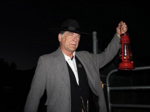 글렌우드 스프링스의 린우드 공동묘지를 따라 체험하는 고스트 워크